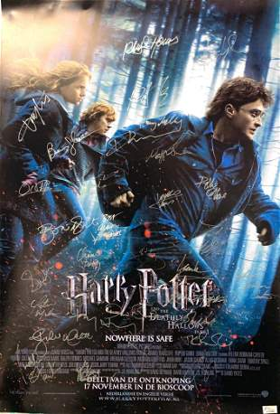 Signed Harry Potter and The Deathly Hallow Part 1