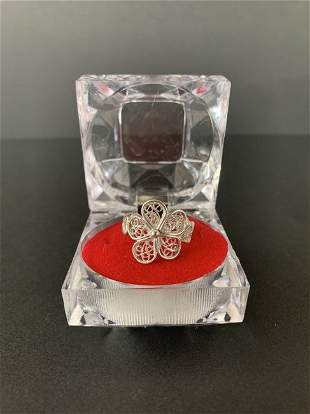 Peruvian 950 silver ring with filigree threads