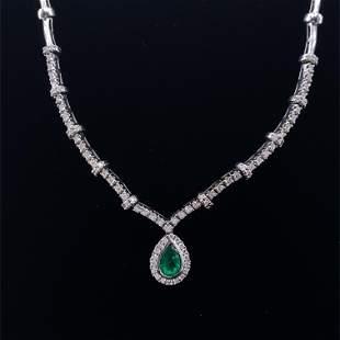 GAYUBO Emerald, Diamonds & 18k Gold Necklace
