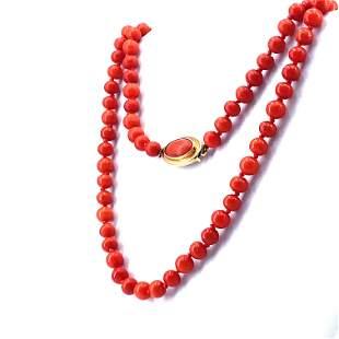Antique coral 18k gold Necklace