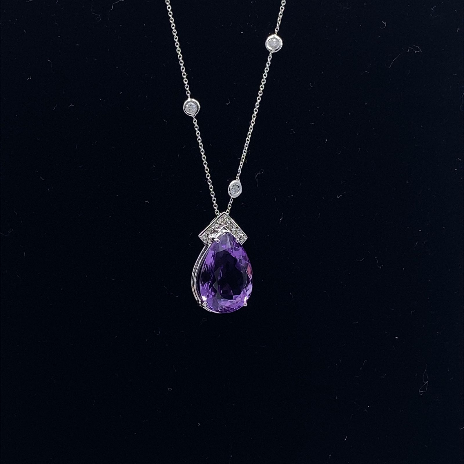 Diamonds, Amethyst & 18k Gold Pendant Necklace