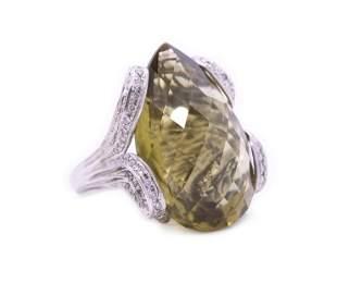 Rare designer Diamonds & Green Spinel Ring in 18k Gold
