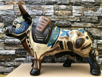 fine arts pablo picasso spain artist sculpture bull