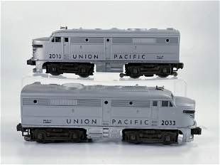 Lionel Postwar Union Pacific #2033 Gray AA Units