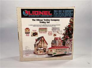 New Lionel #6-11809 The Village Trolley Company Trolley