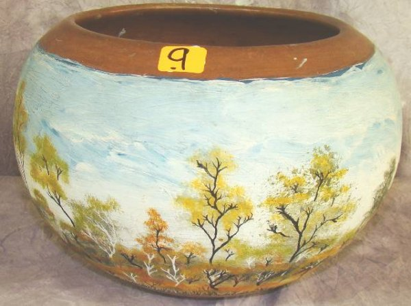 9: SIGNED RHODESIAN HAND PAINTED AFRICAN POT