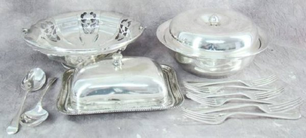 7: COLLECTION SILVER PLATED ITEMS