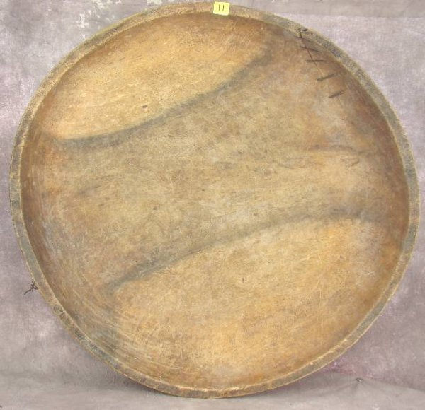 11: ANTIQUE LARGE HAND CARVED WOODEN CHIEFS DISH