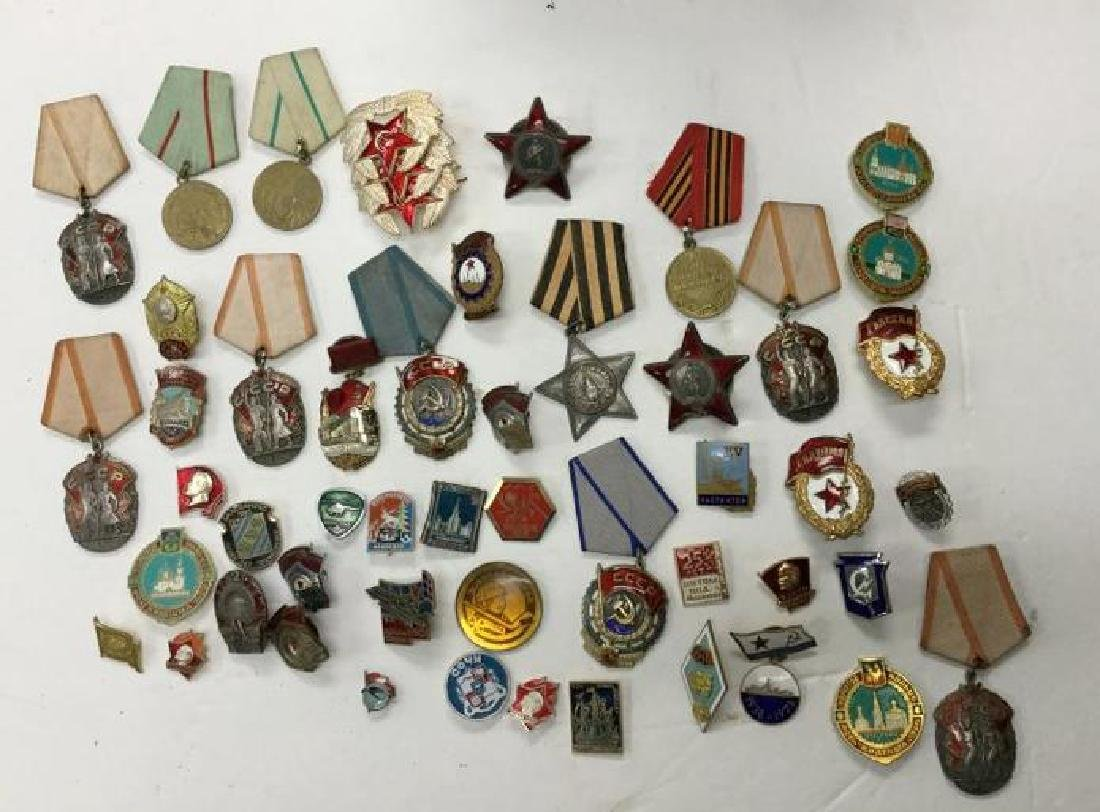 LARGE LOT SOVIET UNION-RUSSIAN MEDALS, PINBACK, SOME