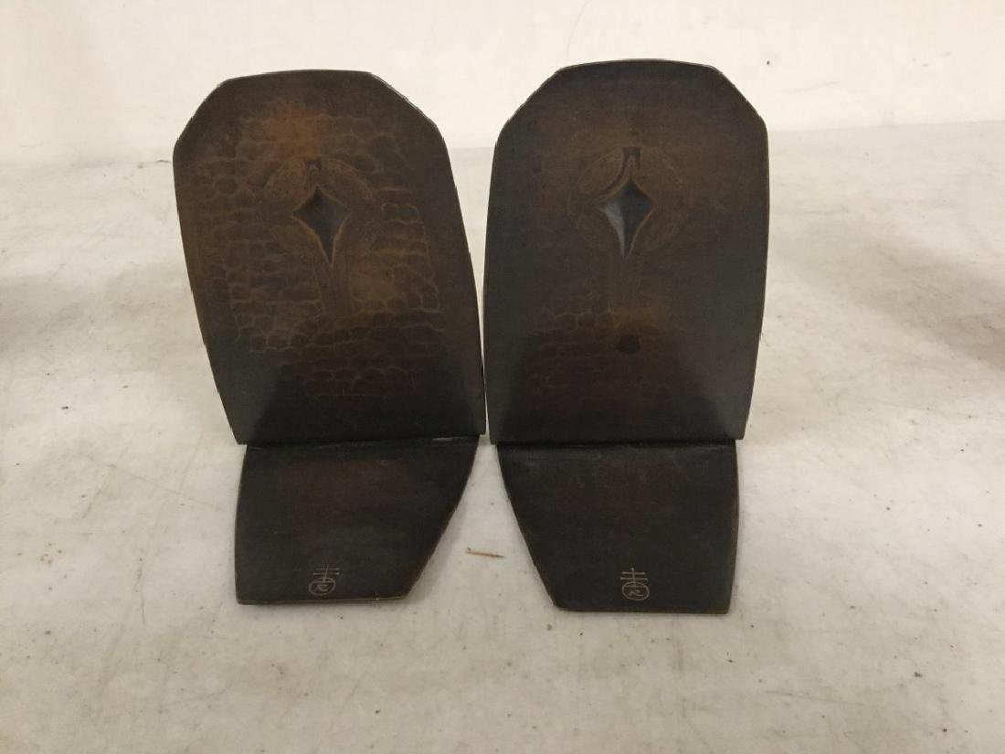 """PAIR ROYCROFT COPPER HAND HAMMERED BOOKENDS MEASURE 5"""" - 3"""