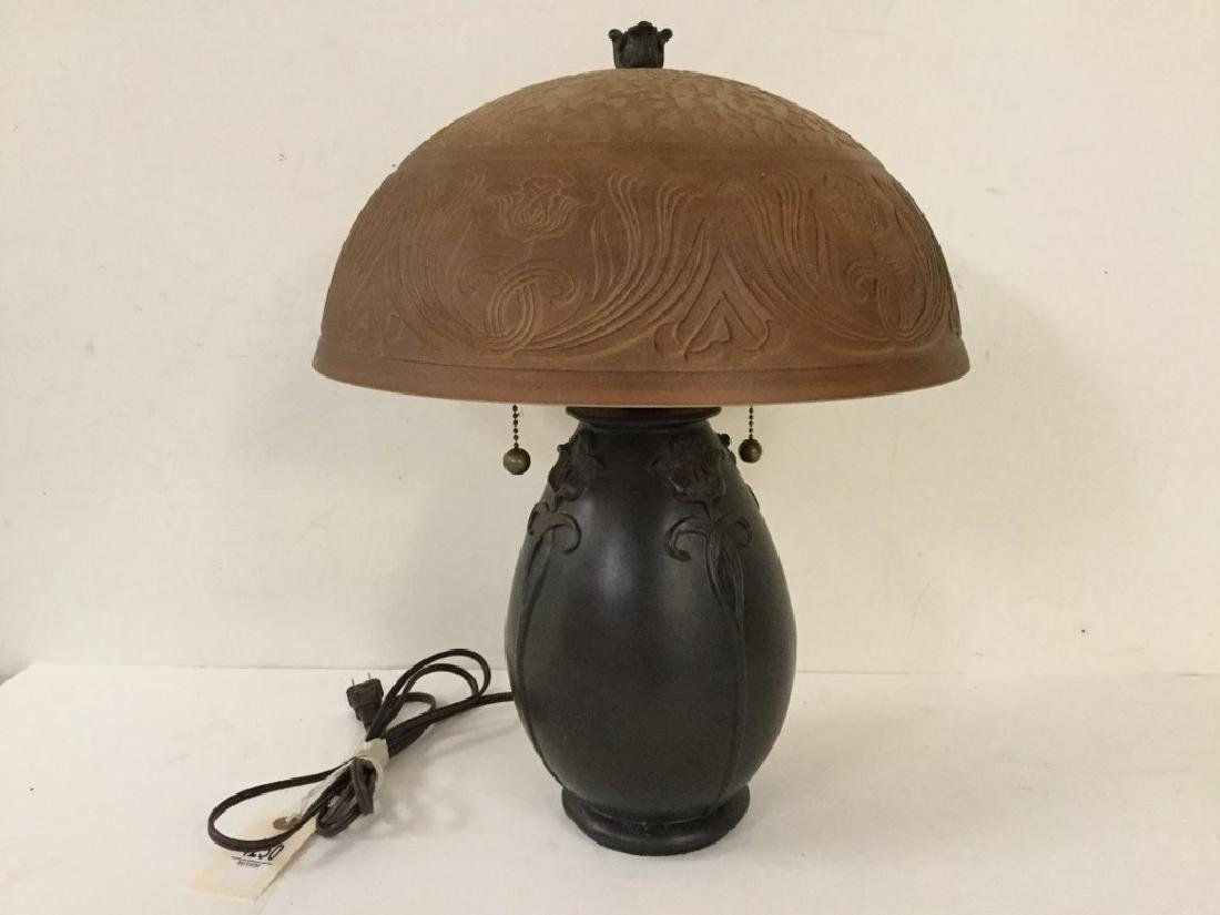 CONTEMPORARY QUEZEL ARTS & CRAFTS STYLE TABLE LAMP WITH