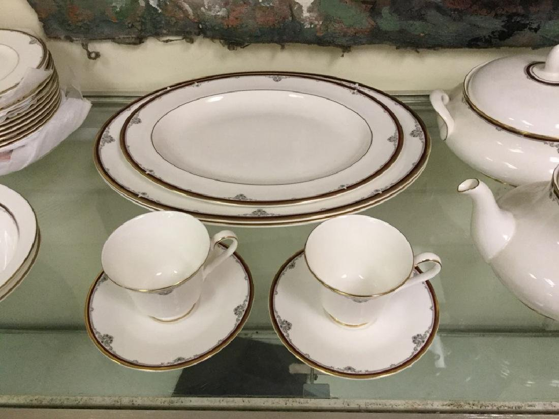 LOT OF ROYAL DOULTON CHINA, CAMBRIDGE PATTERN, SERVICE - 3
