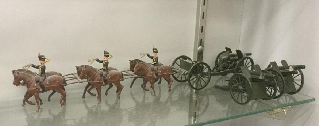 BRITAINS SOLDIERS- 10PCS KINGS ROYAL HORSE ARTILLARY,