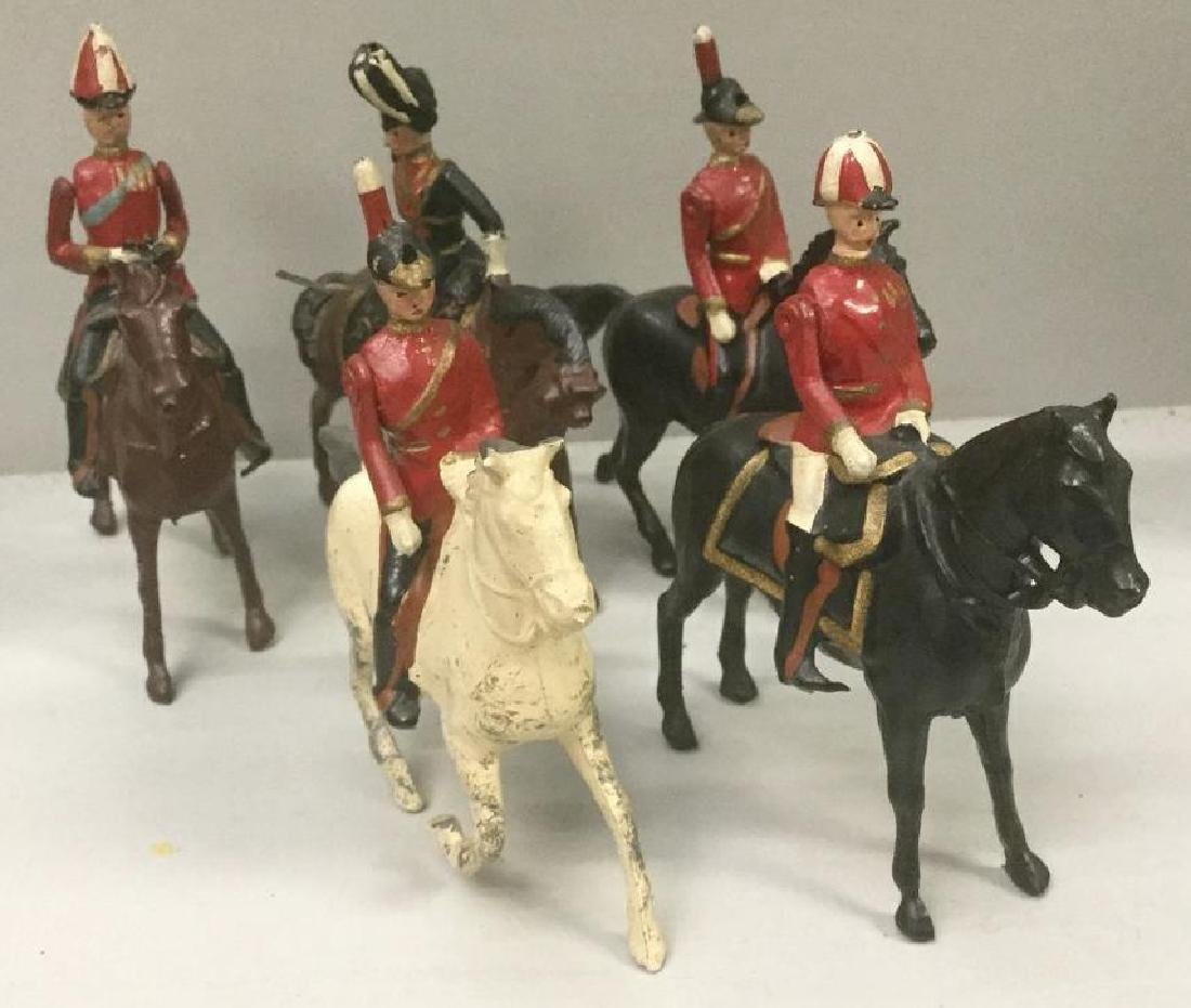 BRITAINS SOLDIERS- 5 PCS IMPERIAL GENERAL STAFF CIRCA