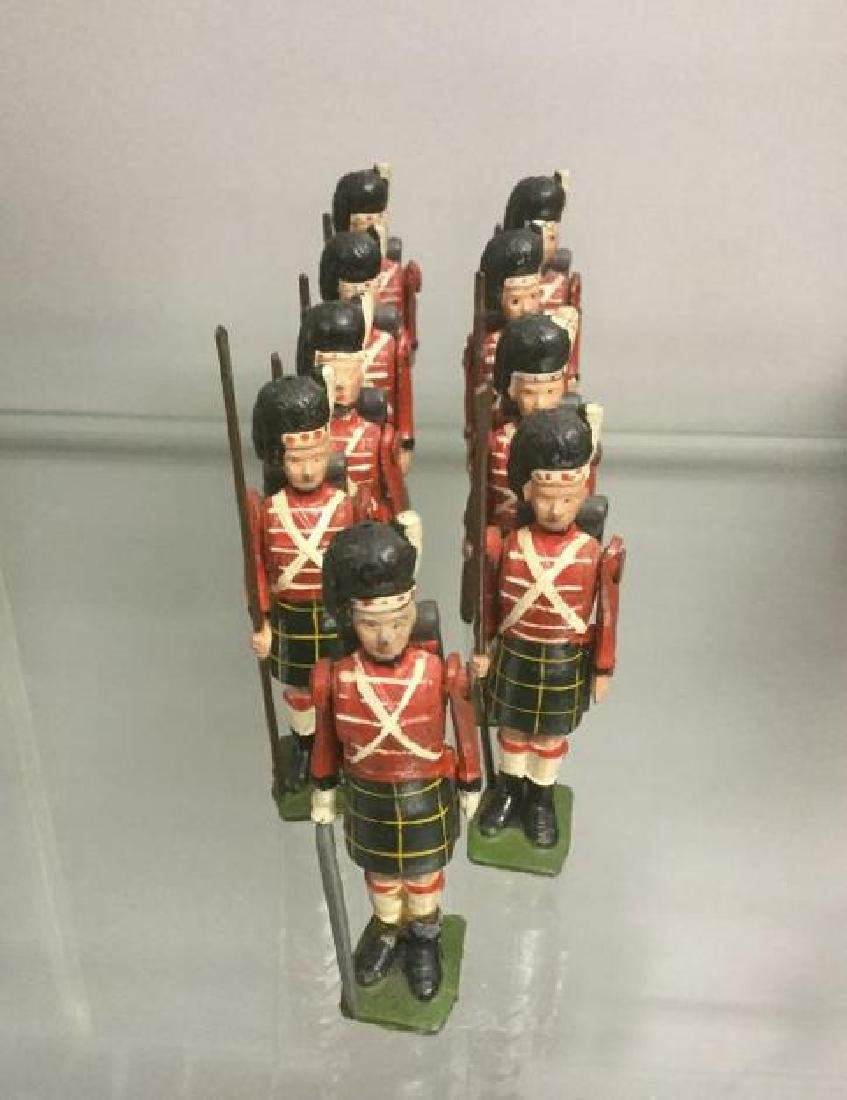 BRITAINS SOLDIERS- 9 PCS 1850 HIGHLANDERS INCLUDING 2