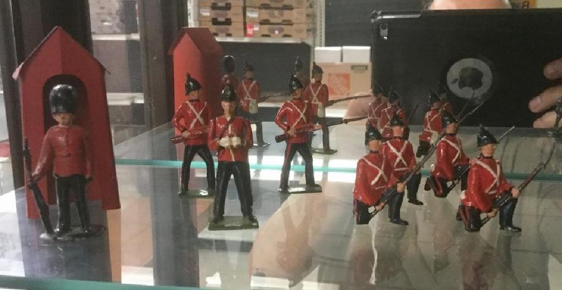 BRITAINS SOLDIERS- 9 PCS 19TH CENTURY LINE INFANTRY