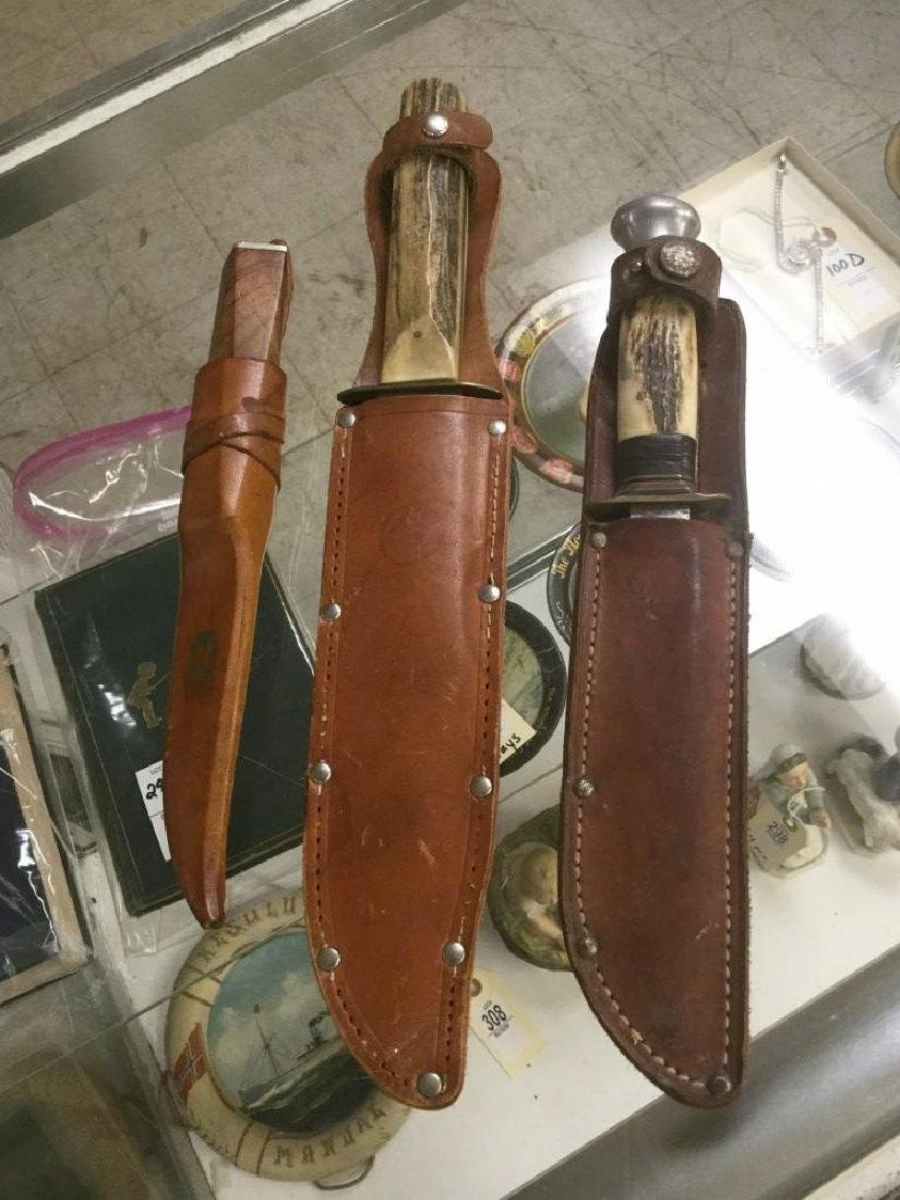 LOT OF 3 ESTATE HUNTING KNIVES IN LEATHER SHEATHS