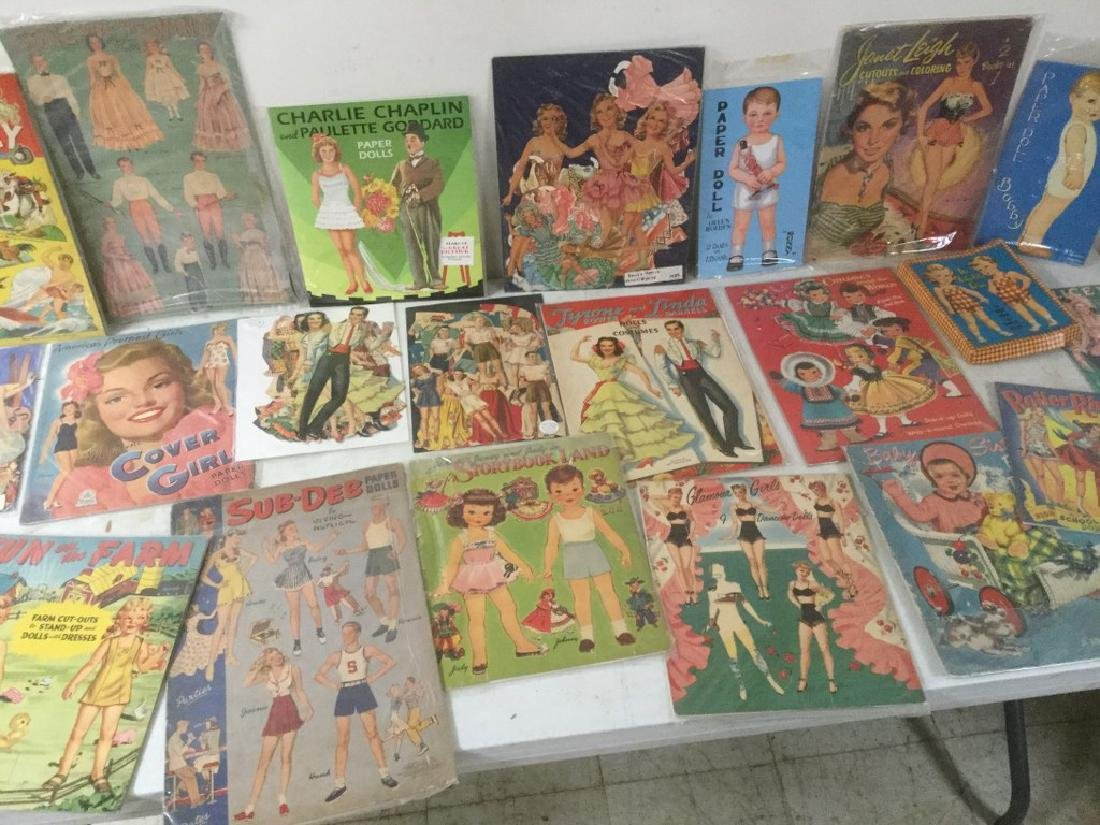 BOXLOT OF 22 PAPER DOLLS AND CUT OUTS, WIDE RANGE OF - 3