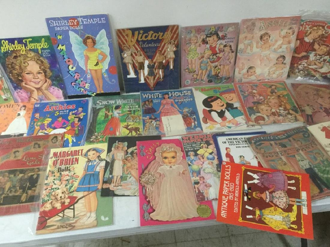 BOXLOT OF 25 PAPER DOLLS AND CUT OUTS, WIDE RANGE OF - 3