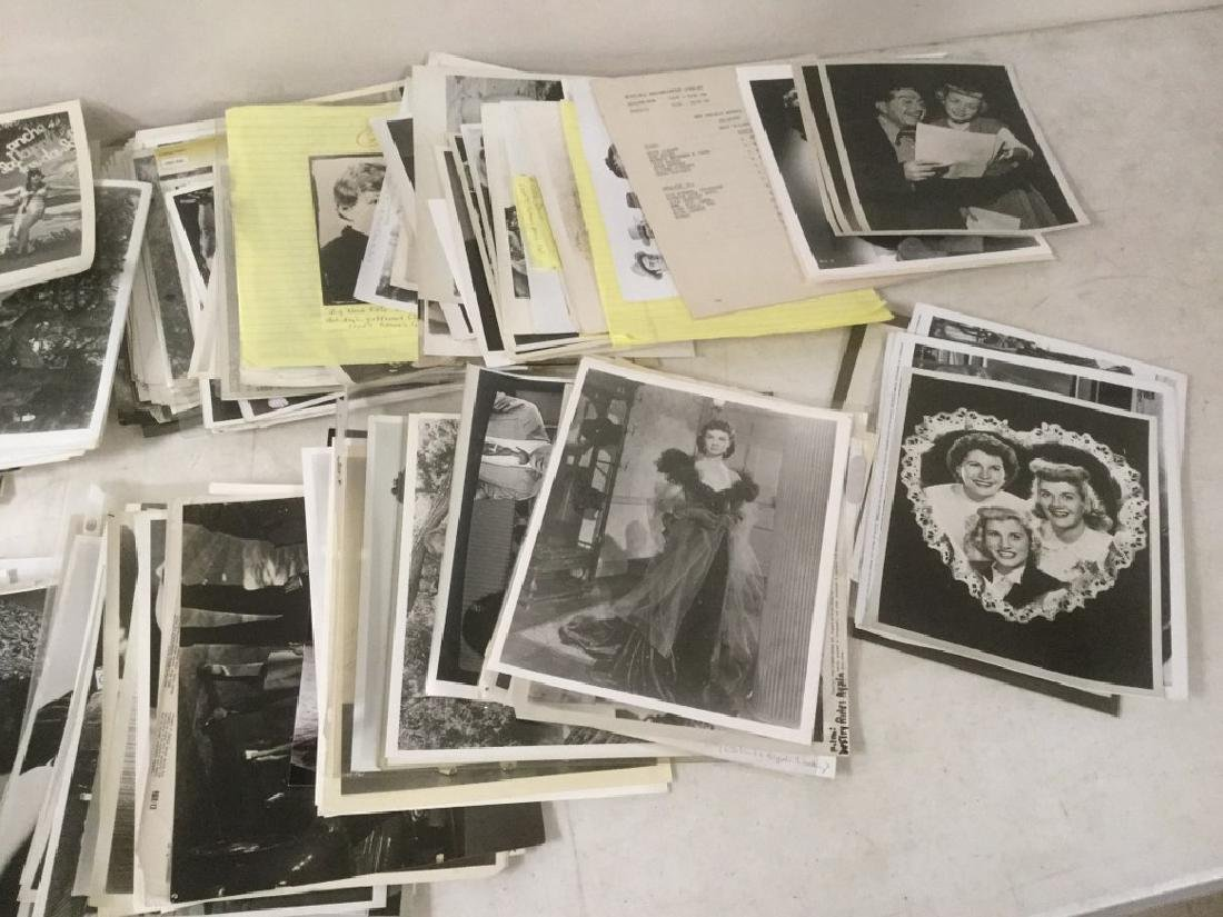 BOXLOT OF 100'S OF VINTAGE MOVIE PRESS PHOTOGRAPHS AND - 3