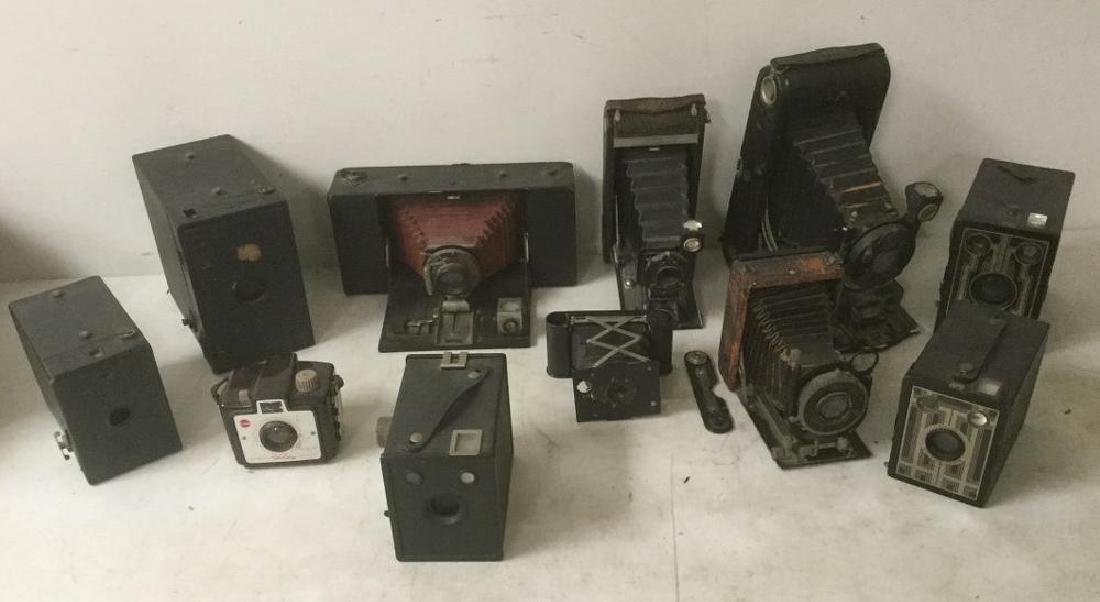 11 ANTIQUE CAMERA LOT INCL. NO. 1 A KODAK AUTOGRAPHIC