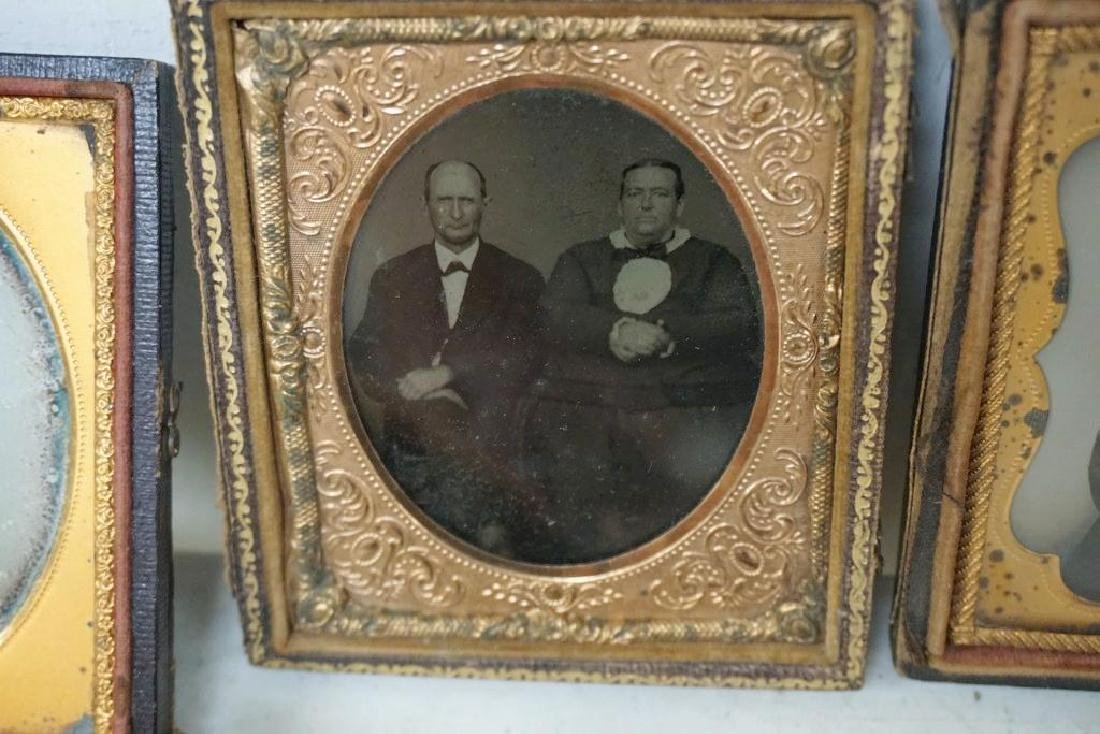 EARLY PHOTOGRAPHY LOT WITH 2 DAGUERREOTYPES & 4 - 5