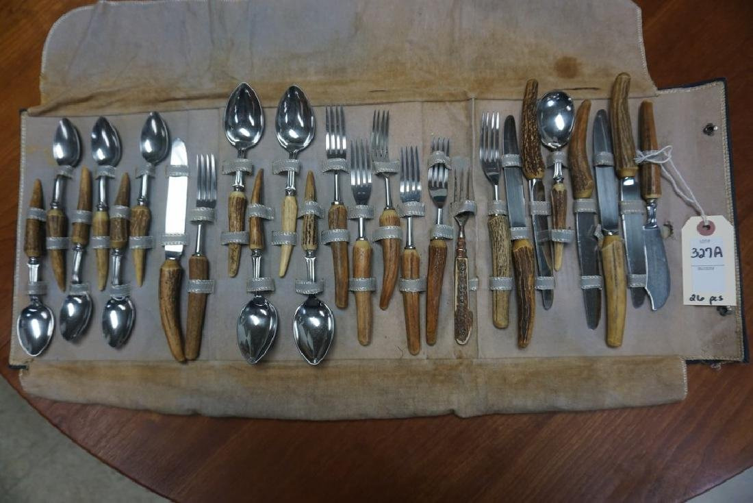BONE HANDLED ADIRONDACK FLATWARE SET, 26 PCS, W/1 FORK
