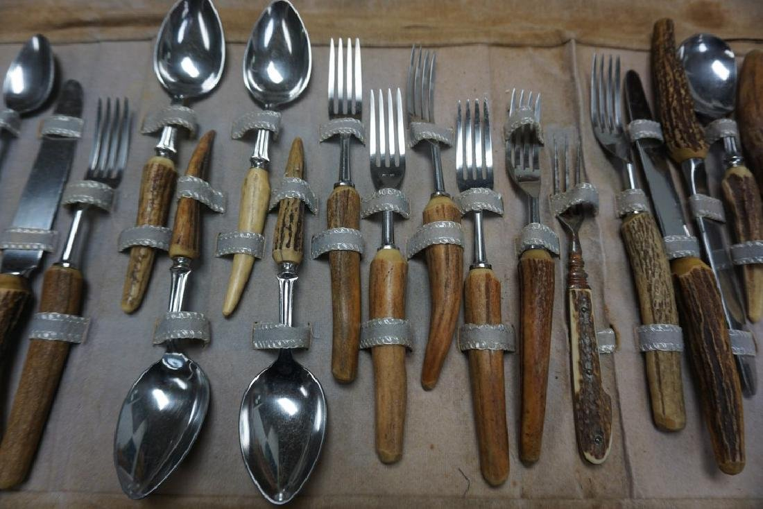 BONE HANDLED ADIRONDACK FLATWARE SET, 26 PCS, W/1 FORK - 5