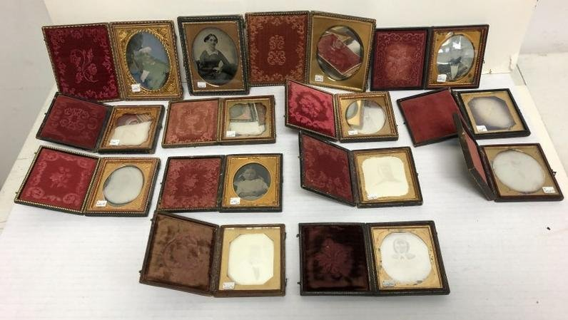 Fine Lot of 14 Cased Images: 12 are daguerreotypes (10