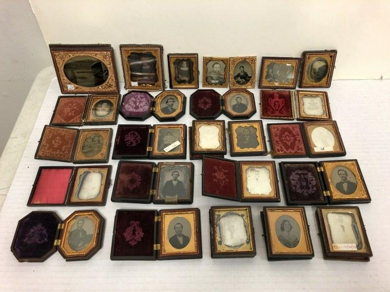 Lot of 25 fine cased images. 23 are ninth plates (11