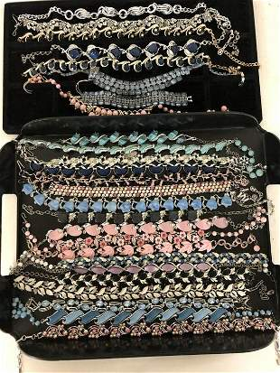 VINTAGE LOT OF 26 PCS. OF COSTUME JEWELRY, INCLUDES 25