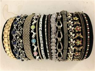 LOT OF 17 VINTAGE COSTUME JEWELRY BRACELETS, FROM