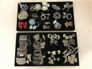 LOT OF VINTAGE COSTUME JEWELRY, FROM ESTATE OF AN