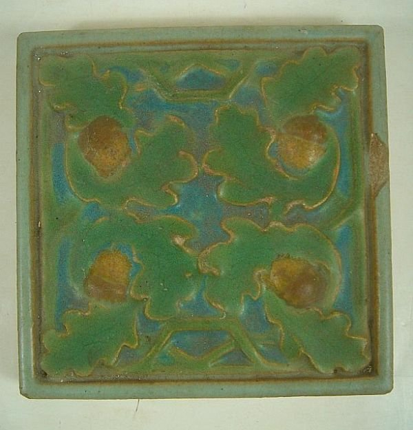 ROOKWOOD FAIENCE MATTE GREEN TILE, WITH ACORN DECORATIO