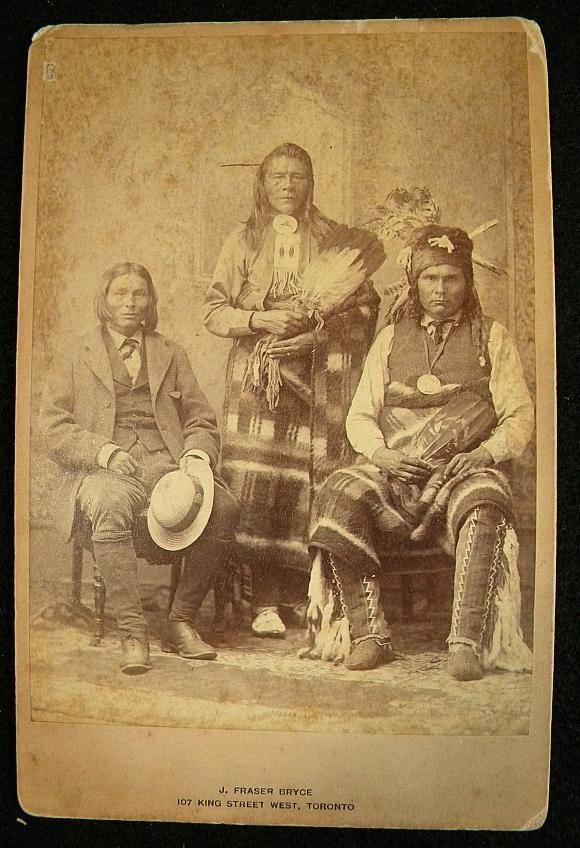 20: CABINET CARD PAKAN INDIAN CHIEFS. PHOTOGRAPHER IS J