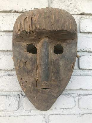 OLD AFRICAN MASK, FROM HUDSON VALLEY ESTATE, APPEARS TO