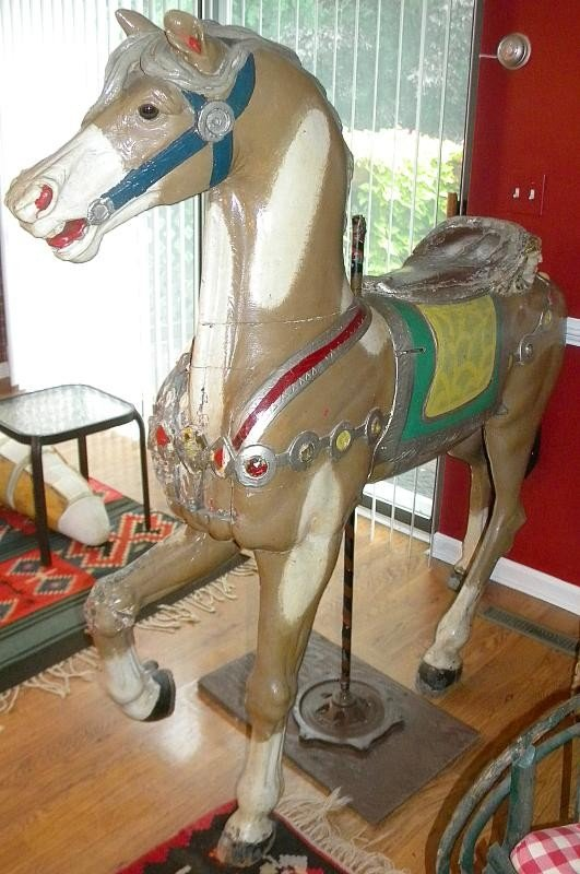 100: EARLY CAROUSEL HORSE PROBABLY N.Y. MAKER