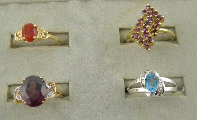 4A: (4) 14K Semi Precious Stone Rings  8.8 Pennyweights