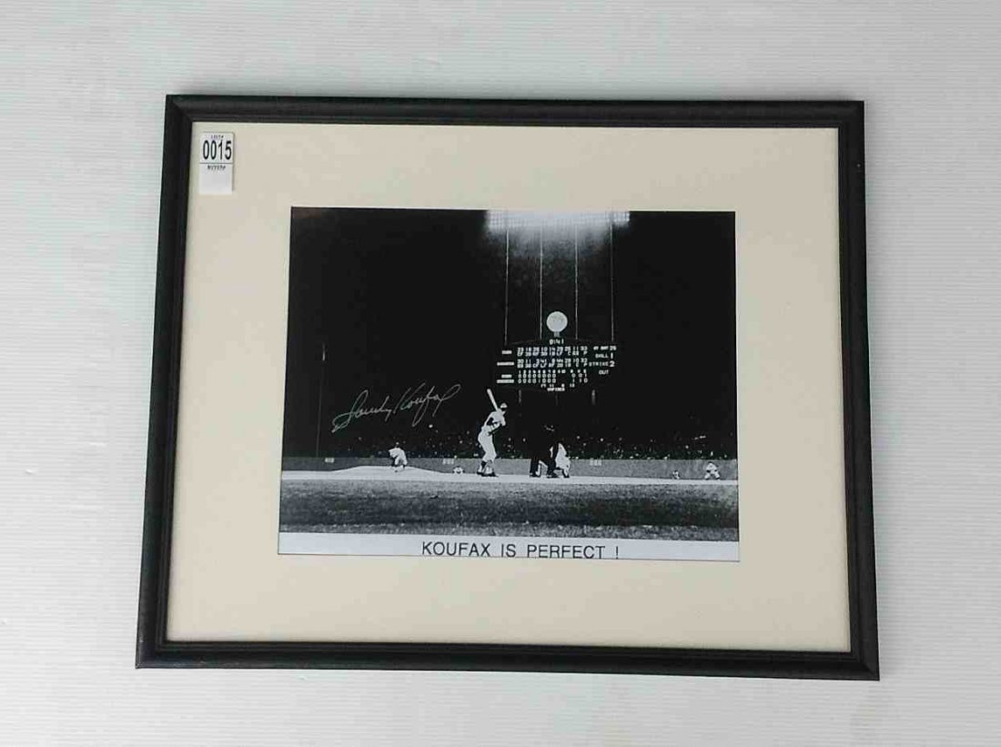 SANDY KOUFAX SIGNED PERFECT GAME PHOTOGRAPH, FRAME
