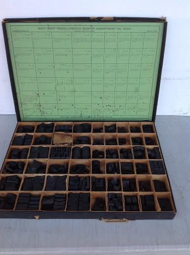 EARLY AUTOMOTIVE PRODUCTS CO. CLEVELAND OHIO BOX WITH