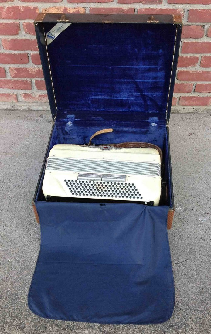 OLDER PANCORDION INC. ACCORDION, MADE IN ITALY, IN