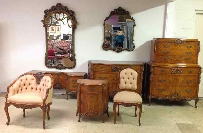9 PC SATIN WOOD INLAID HIGH QUALITY CARVED BEDROOM SET