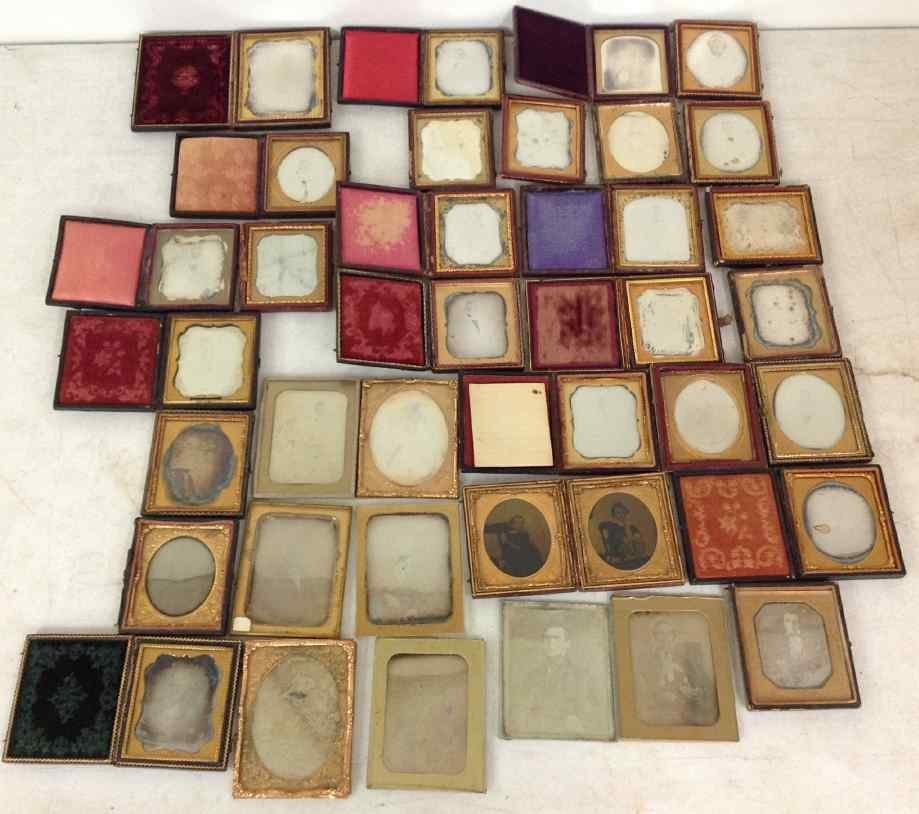 35 DAGUERREOTYPES COMPRISING 26 SIXTH PLATES AND 9