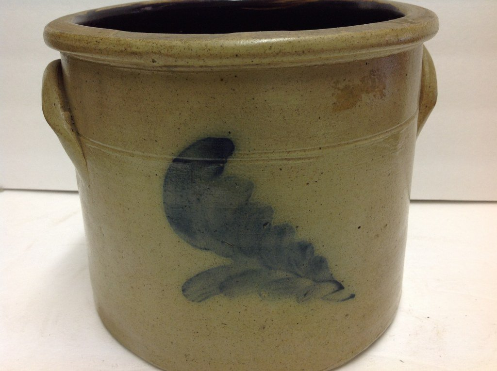 BLUE LEAF DECORATED STONEWARE CROCK, NICE OVERALL