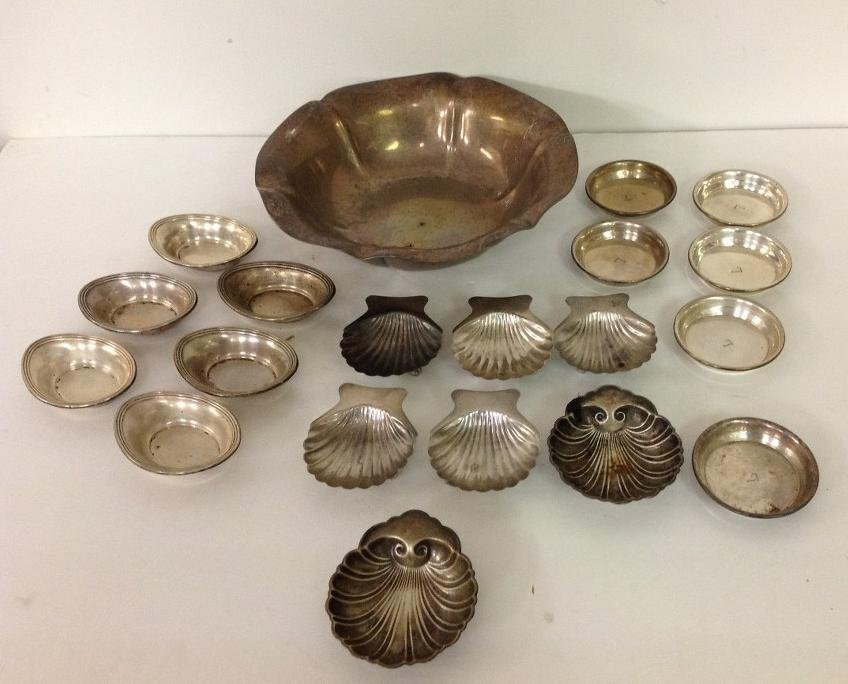 STERLING SILVER LOT INCLUDING BOWL, SMALL SERVING PCS,