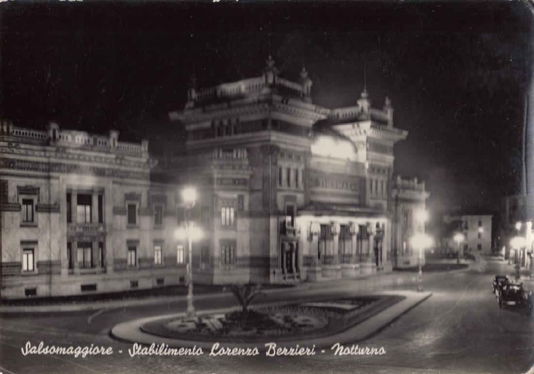 ITALIE. Environ 600 cartes postales des années 1940 à