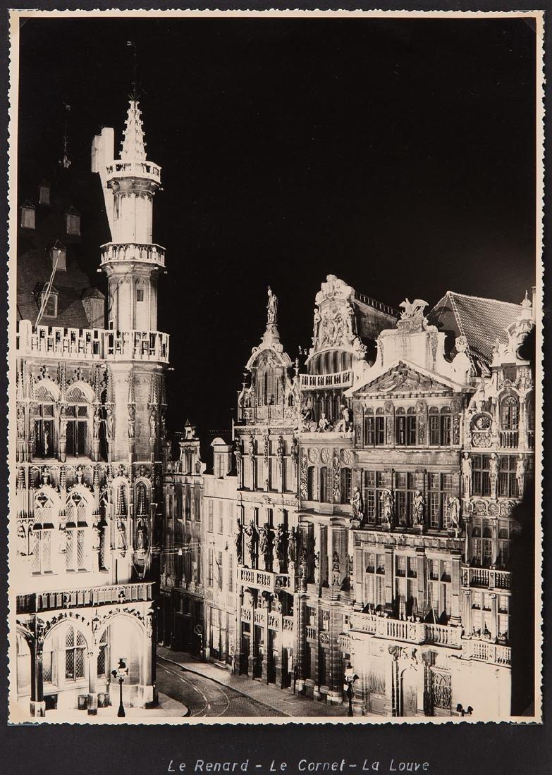 BRUXELLES, la nuit. Ensemble 33 photographies noir et b