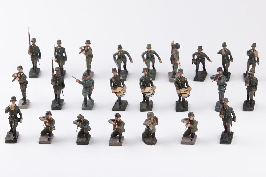 [ALLEMAGNE] DURSO - Armée allemande. 13 soldats au