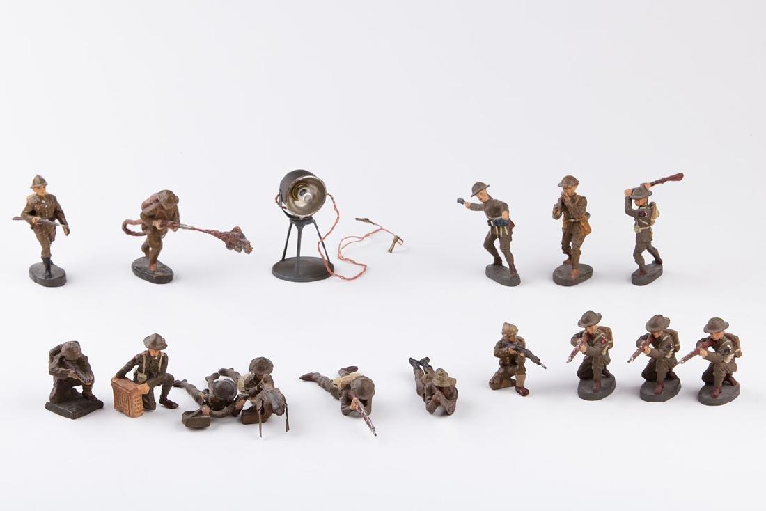 [ANGLETERRE] ELASTOLIN - Armée anglaise. 11 soldats au
