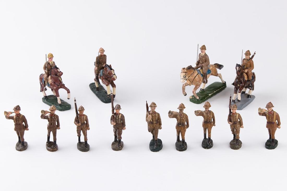 [BELGIQUE] MB - Armée belge défilant. 5 trompettes, 4